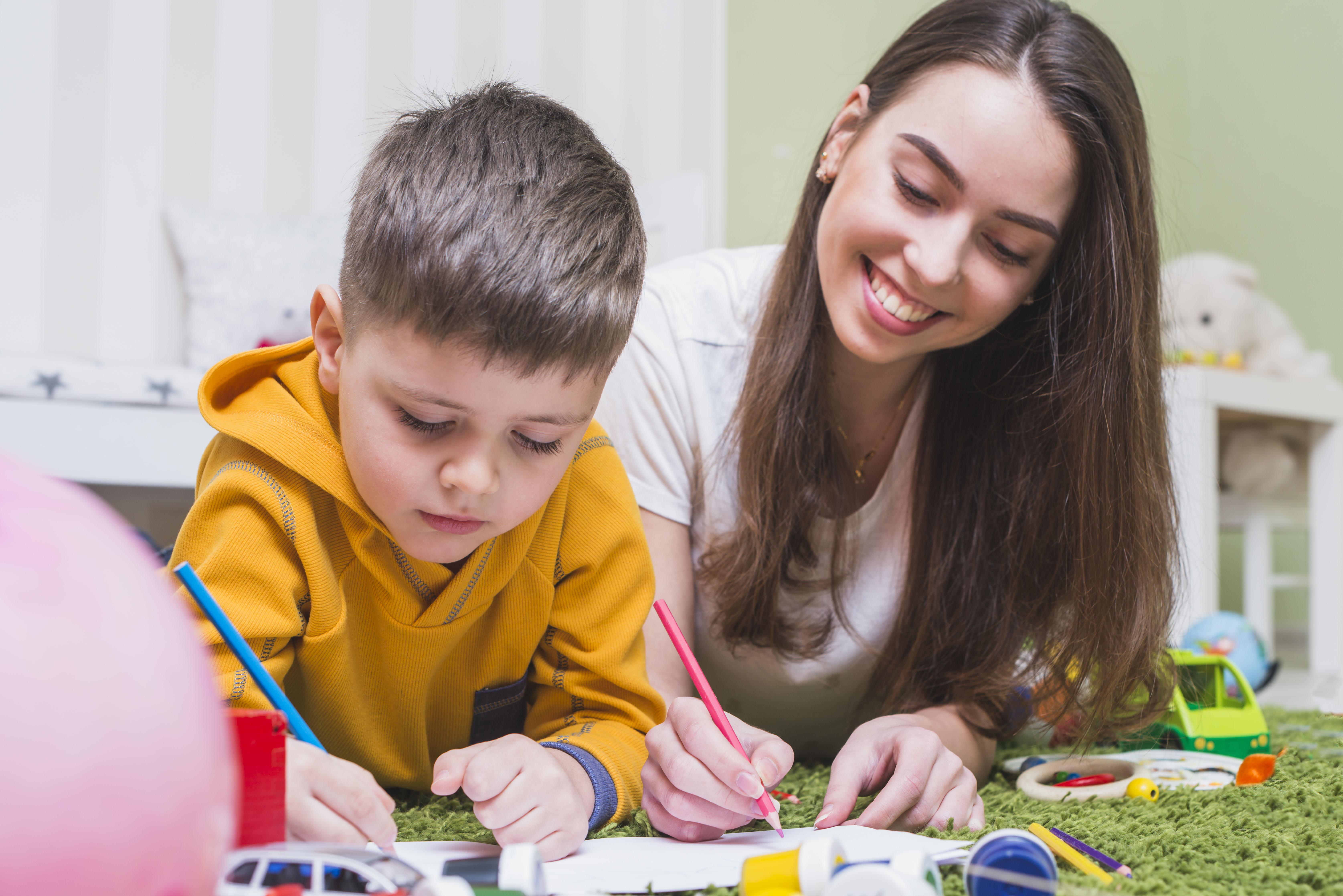 3 cách giúp bố mẹ học tiếng Anh cùng con