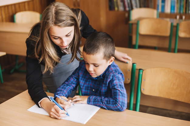 Tập trung giúp bé hoàn thành việc học tốt hơn. (Ảnh minh họa)