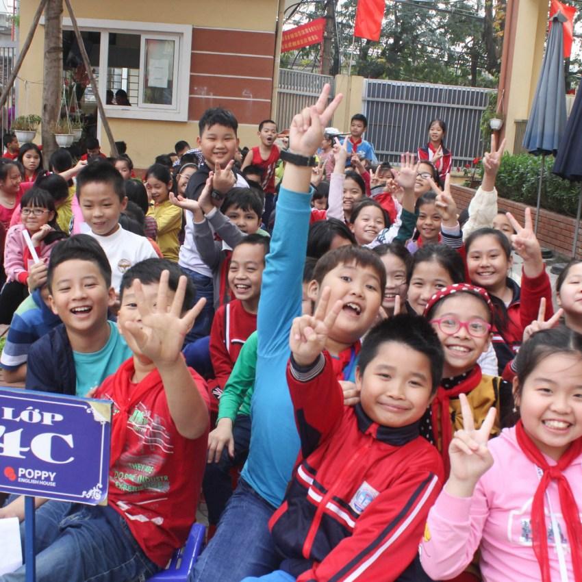 Sự kiện món quà đầu năm - Trường Tiểu Học Hoàng Liệt