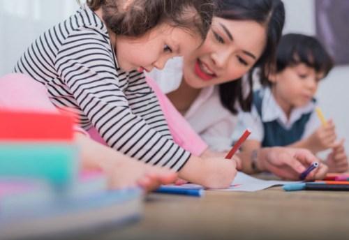 Học tiếng Anh cho bé 3 tuổi