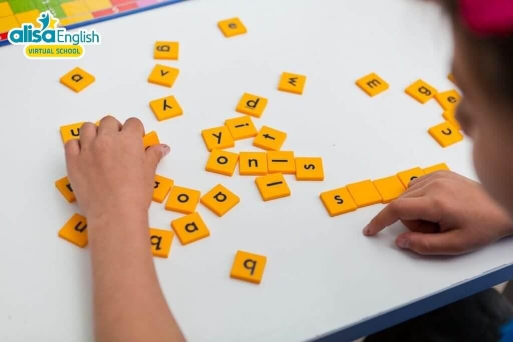 Dạy Anh ngữ cho trẻ mầm non thông qua trò từ xáo trộn (Word Jumble Race)