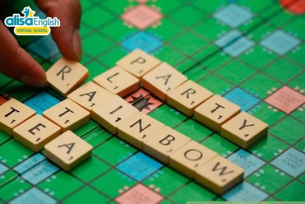 Dạy tiếng Anh cho trẻ 3 tuổi qua trò chơi xếp hình, ghép từ